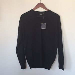 Black V Neck Sweater Size L